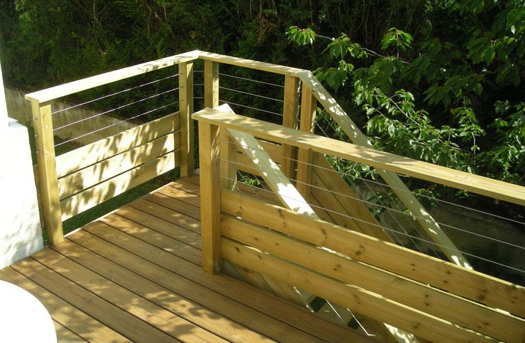 Terrasse bois, terrasse en bois Grenoble, bois de terrasse, restaurant
